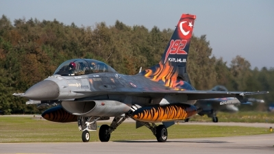 Photo ID 80207 by Jan Eenling. Turkey Air Force General Dynamics F 16D Fighting Falcon, 93 0696