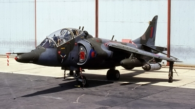 Photo ID 80619 by CHARLES OSTA. UK Air Force Hawker Siddeley Harrier T 4, XW269