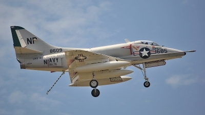 Photo ID 80569 by David F. Brown. Private Private Douglas A 4C Skyhawk, N49WH
