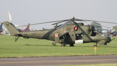 Photo ID 81583 by Peter Emmert. Poland Air Force Mil Mi 24D, 209