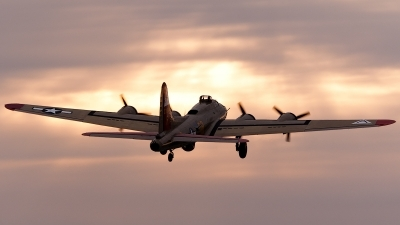 Photo ID 83299 by Tony Printezis. Private Collings Foundation Boeing B 17G Flying Fortress 299P, NL93012