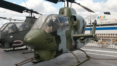 Photo ID 84344 by Bob Wood. USA Navy Bell AH 1J Sea Cobra 209, 159218