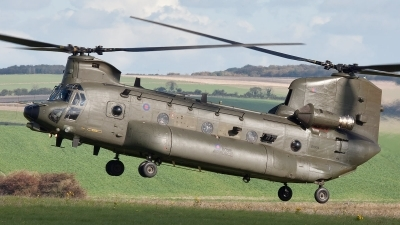 Photo ID 85062 by Bob Wood. UK Air Force Boeing Vertol Chinook HC3, ZH904