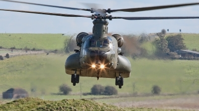 Photo ID 85063 by Bob Wood. UK Air Force Boeing Vertol Chinook HC3, ZH904