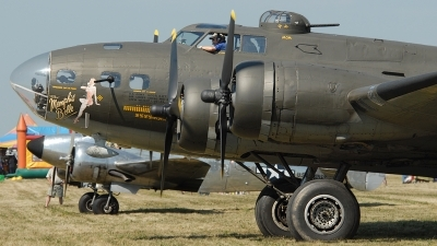 Photo ID 85936 by Rod Dermo. Private Military Aircraft Restoration Corporation Boeing B 17G Flying Fortress 299P, N3703G
