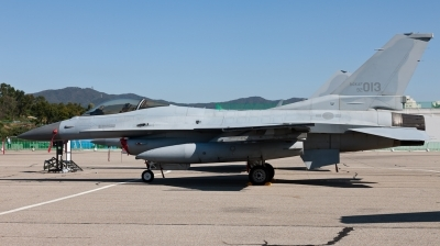 Photo ID 87132 by Andreas Zeitler - Flying-Wings. South Korea Air Force General Dynamics KF 16C Fighting Falcon, 92 013