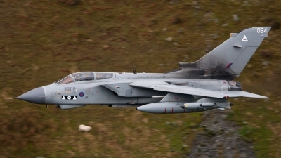 Photo ID 87838 by Neil Bates. UK Air Force Panavia Tornado GR4, ZD746