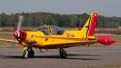 Photo ID 88166 by Jan Eenling. Belgium Air Force SIAI Marchetti SF 260D, ST 44