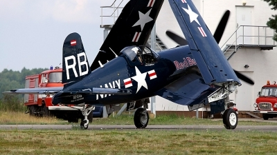 Photo ID 88365 by Stephan Sarich. Private Red Bull Vought F4U 4 Corsair, OE EAS