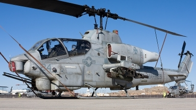 Photo ID 88490 by Ralph Duenas - Jetwash Images. USA Marines Bell AH 1W Super Cobra 209, 163945