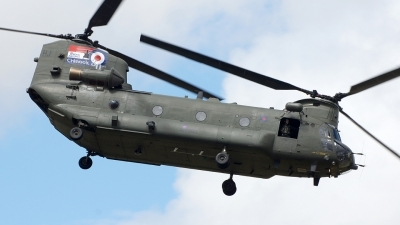 Photo ID 88719 by Tony Draps. UK Air Force Boeing Vertol Chinook HC2A, ZH895