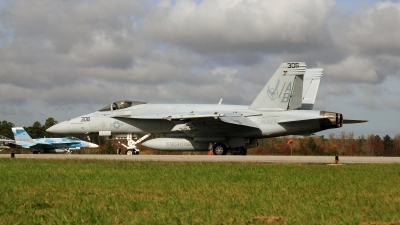 Photo ID 89498 by David F. Brown. USA Navy Boeing F A 18E Super Hornet, 166826