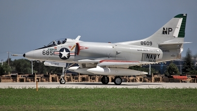 Photo ID 89542 by David F. Brown. Private Warbirds Heritage Foundation Douglas A 4C Skyhawk, N49WH