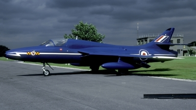 Photo ID 90136 by Joop de Groot. UK Air Force Hawker Hunter T7, XL572
