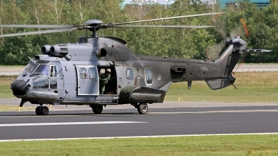 Photo ID 90405 by Robin Coenders / VORTEX-images. Netherlands Air Force Aerospatiale AS 532U2 Cougar MkII, S 454