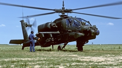 Photo ID 90472 by Carl Brent. USA Army Boeing AH 64A Apache, 85 25357