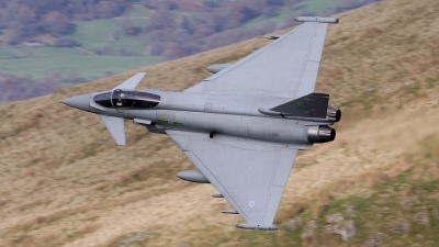 Photo ID 91436 by Barry Swann. UK Air Force Eurofighter EF 2000 Typhoon FGR4, ZJ918