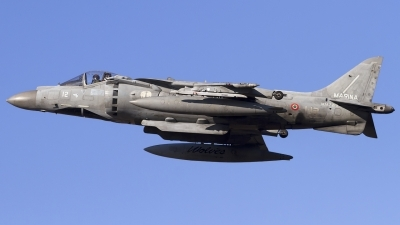 Photo ID 92762 by Chris Lofting. Italy Navy McDonnell Douglas AV 8B Harrier ll Plus, MM7218