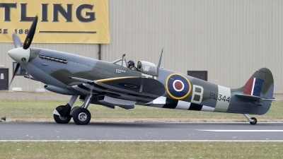 Photo ID 94589 by Niels Roman / VORTEX-images. Private Private Supermarine 361 Spitfire LF9E, G IXCC