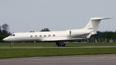 Photo ID 94560 by PAUL CALLAGHAN. USA Air Force Gulfstream Aerospace G V Gulfstream C 37A, 01 0030