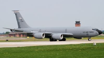 Photo ID 94494 by PAUL CALLAGHAN. USA Air Force Boeing KC 135R Stratotanker 717 100, 63 7984