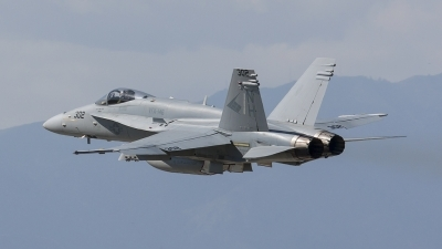 Photo ID 95548 by Nathan Havercroft. USA Navy McDonnell Douglas F A 18C Hornet, 163496