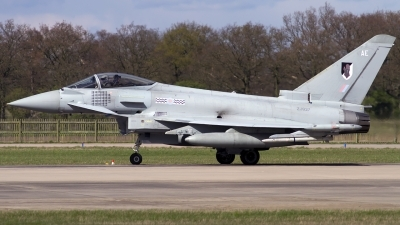 Photo ID 96143 by Chris Lofting. UK Air Force Eurofighter EF 2000 Typhoon FGR4, ZJ927