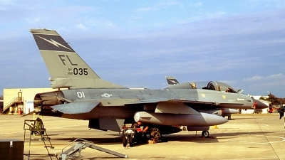Photo ID 96712 by CHARLES OSTA. USA Air Force General Dynamics F 16B Fighting Falcon, 82 1035