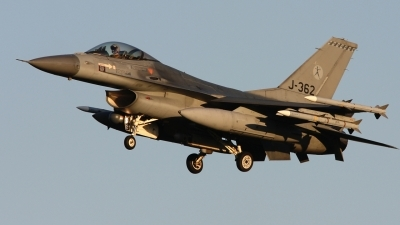 Photo ID 96729 by Rob Hendriks. Netherlands Air Force General Dynamics F 16AM Fighting Falcon, J 362