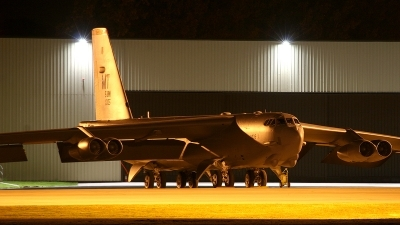 Photo ID 12514 by Tom Dolders. USA Air Force Boeing B 52H Stratofortress, 60 0005
