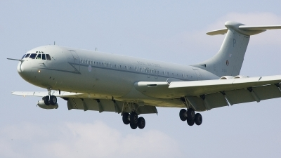 Photo ID 12741 by Frank Noort. UK Air Force Vickers VC 10 K4, ZD242