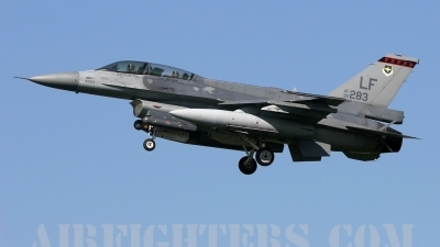 Photo ID 1275 by Andrew Chaplin. Singapore Air Force General Dynamics F 16D Fighting Falcon, 94 0283