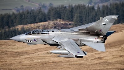 Photo ID 101008 by Lloyd Horgan. UK Air Force Panavia Tornado GR4, ZA602