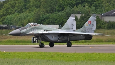 Photo ID 101212 by Peter Terlouw. Slovakia Air Force Mikoyan Gurevich MiG 29AS, 6728