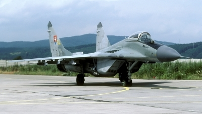 Photo ID 101221 by Joop de Groot. Slovakia Air Force Mikoyan Gurevich MiG 29 9 13, 6425