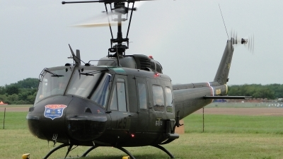 Photo ID 103475 by Barrie Woodward. Private UK Huey Team Bell UH 1H Iroquois 205, G UHIH