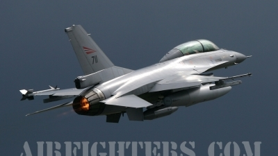 Photo ID 1317 by Marcus Jellyman. Norway Air Force General Dynamics F 16BM Fighting Falcon, 711