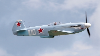 Photo ID 102685 by Stuart Thurtle. Private Private Yakovlev Yak 3UA, G CGXG