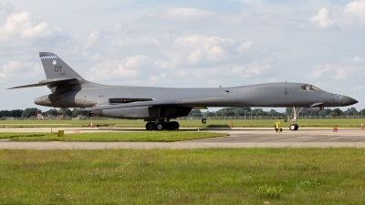 Photo ID 102748 by Ryan Dorling. USA Air Force Rockwell B 1B Lancer, 85 0064