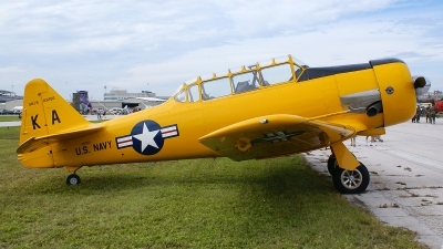 Photo ID 13241 by Hector Rivera - Puerto Rico Spotter. Private Private North American SNJ 5 Texan, N3286