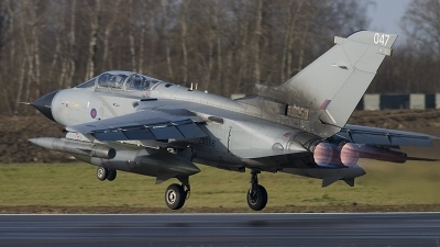 Photo ID 13280 by Fred van Horrik. UK Air Force Panavia Tornado GR4, ZA556