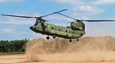 Photo ID 103931 by Robert Arts. Netherlands Air Force Boeing Vertol CH 47D Chinook, D 106
