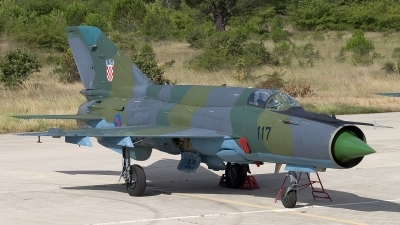 Photo ID 13506 by Chris Lofting. Croatia Air Force Mikoyan Gurevich MiG 21bisD, 117
