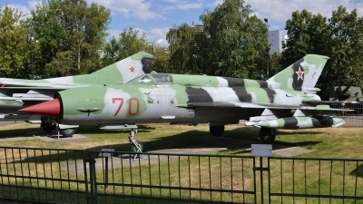 Photo ID 107283 by Peter Terlouw. Russia Air Force Mikoyan Gurevich MiG 21SM, 70 RED