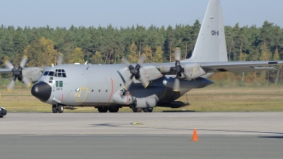 Photo ID 108610 by Günther Feniuk. Belgium Air Force Lockheed C 130H Hercules L 382, CH 11