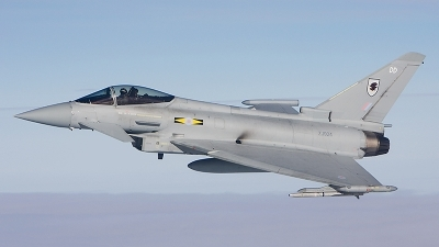Photo ID 14016 by Sean Wilson - Prime Images. UK Air Force Eurofighter EF 2000 Typhoon F2, ZJ924