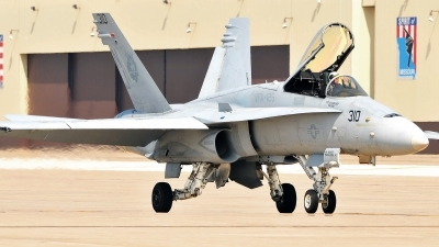 Photo ID 108908 by W.A.Kazior. USA Navy McDonnell Douglas F A 18C Hornet, 164246
