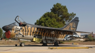 Photo ID 109437 by Peter Boschert. Greece Air Force LTV Aerospace A 7E Corsair II, 158825