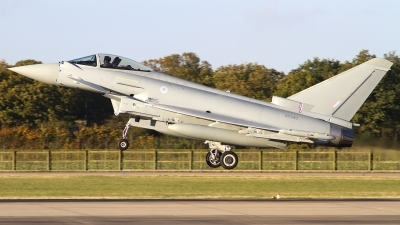 Photo ID 109450 by Chris Lofting. UK Air Force Eurofighter EF 2000 Typhoon FGR4, ZK340