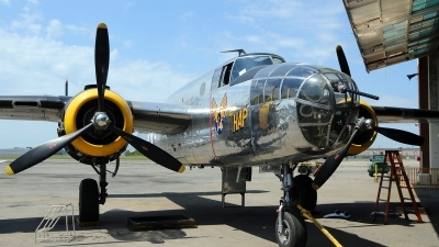 Photo ID 110094 by W.A.Kazior. Private American Airpower Heritage Flying Museum North American RB 25 Mitchell, NL2825B